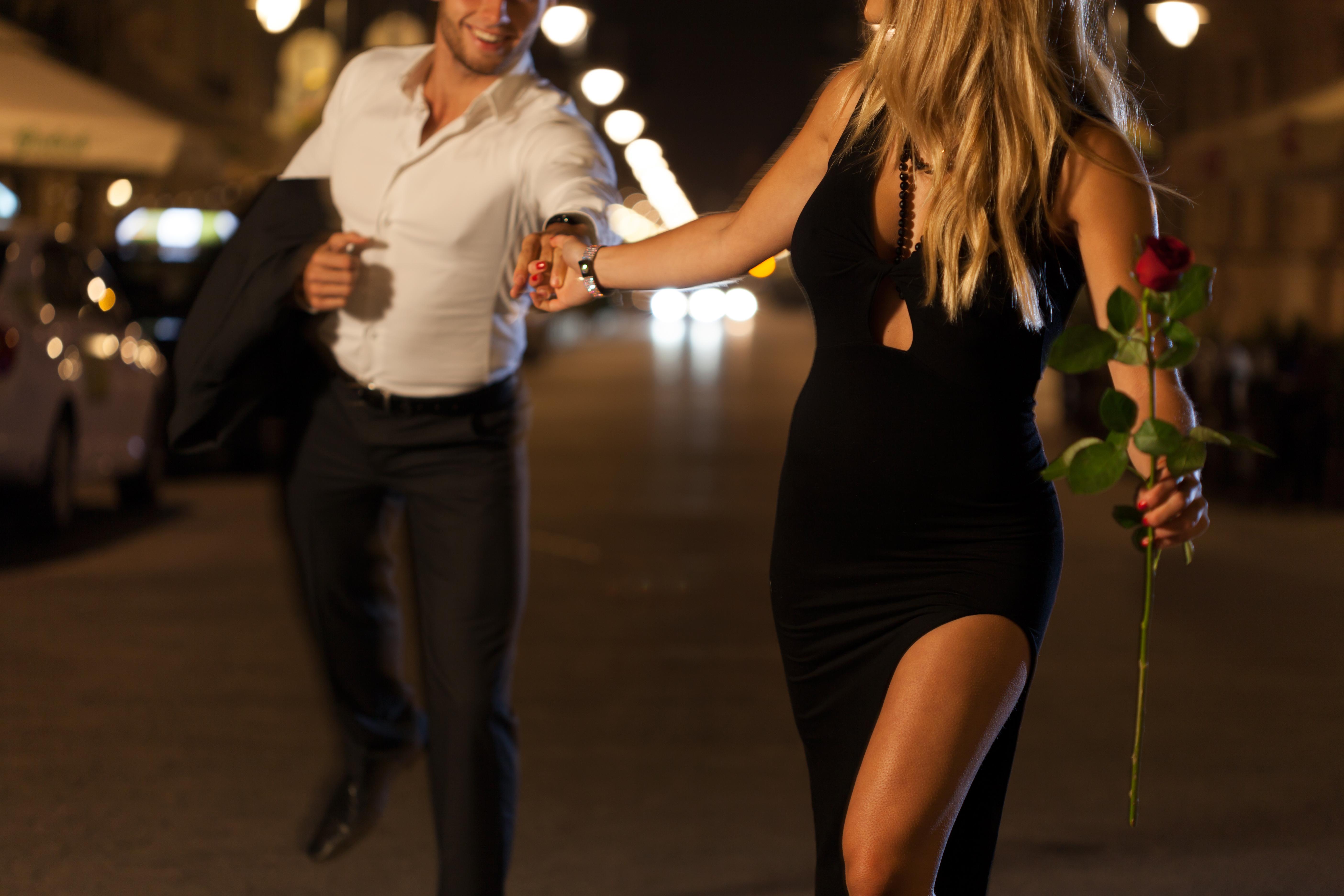 couple_reenacting_movie_scene