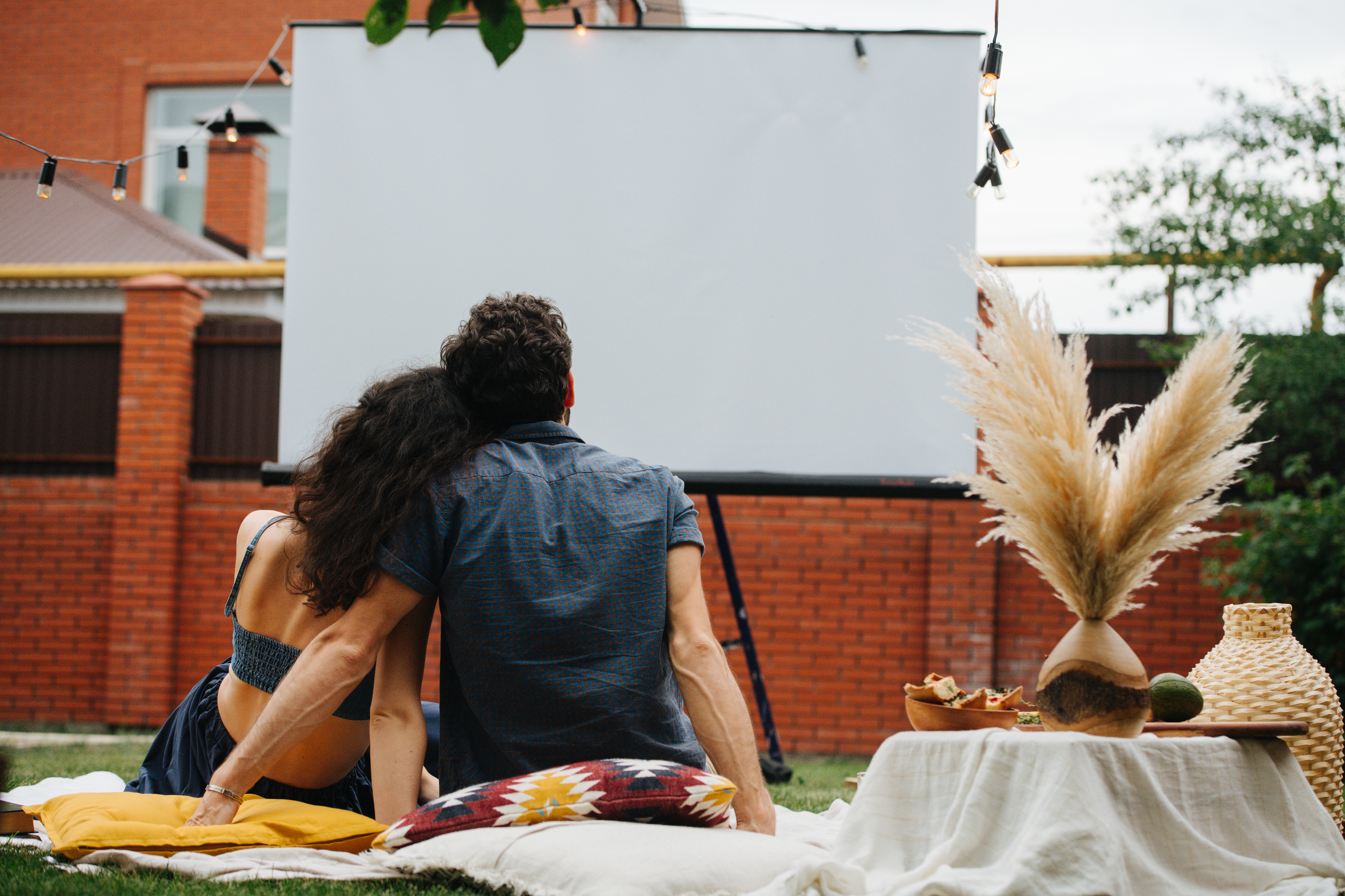 couple_watching_movie