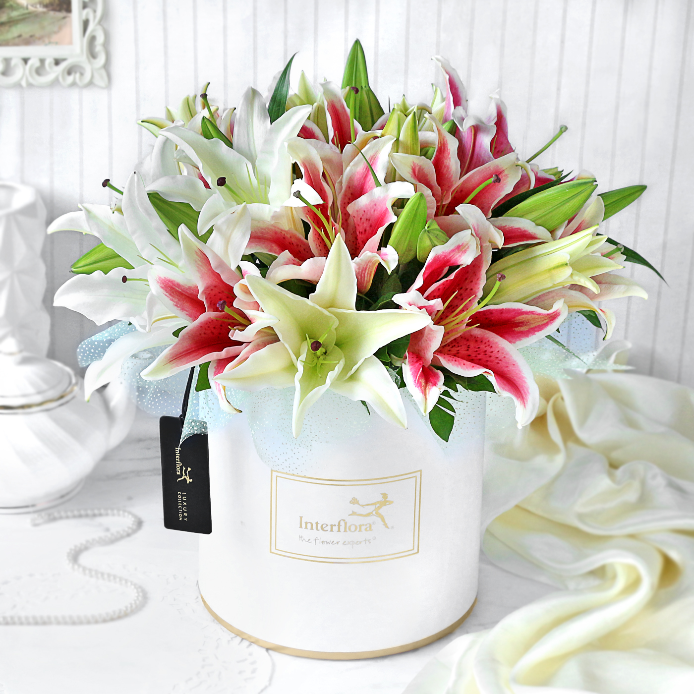 lilies for friendship day